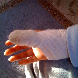 彫刻刀で怪我した